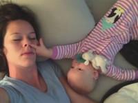 mamma-dorme-bambino